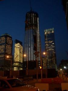 Ground Zero, 0911夜も明るく、コンストラクションが続く。